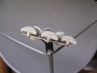 Triple Sat LNB system (75cm/1m D1/C1/D2)